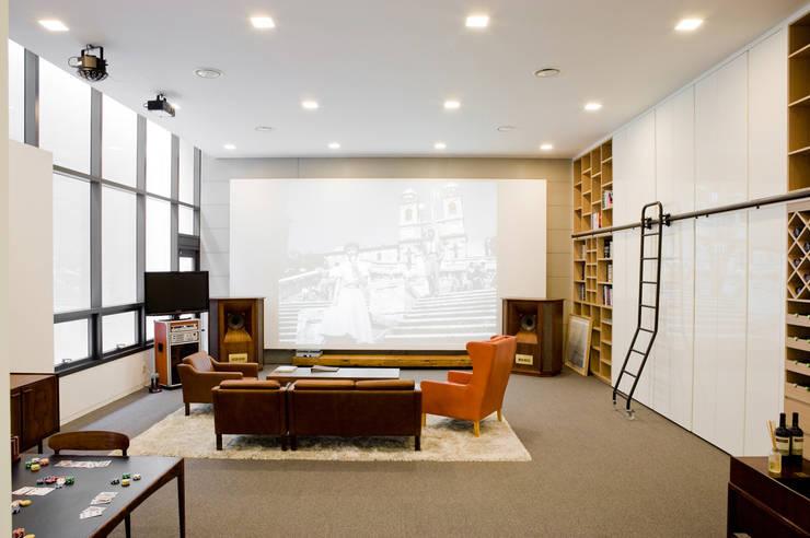 La Folium: Design Tomorrow INC.의  서재 & 사무실,모던