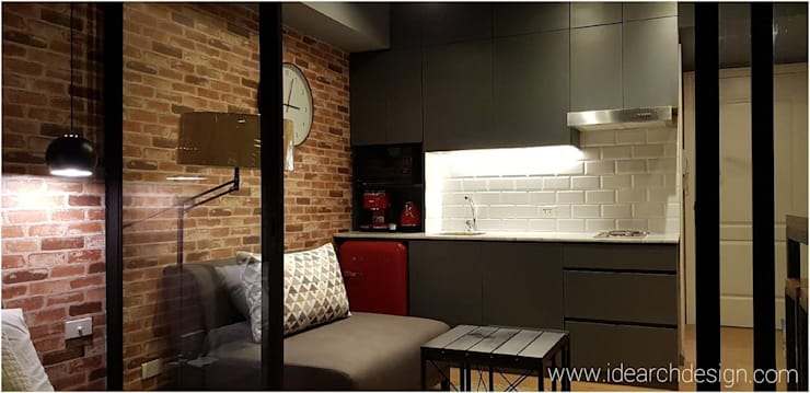 Rustic Vibe at Azure Urban Residences, Paranaque City:  Kitchen by Idear Architectural Design Consultancy