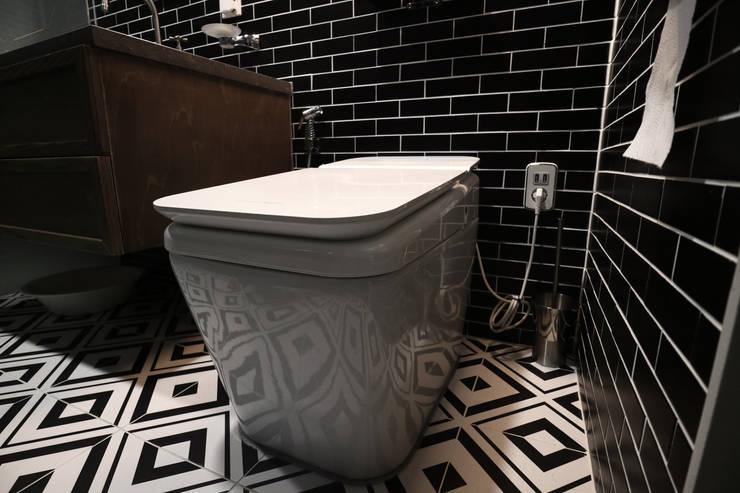 안방: 디자인스튜디오참의  욕실