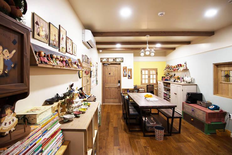 새로운 라이프 도전: (주)메이드의  서재 & 사무실