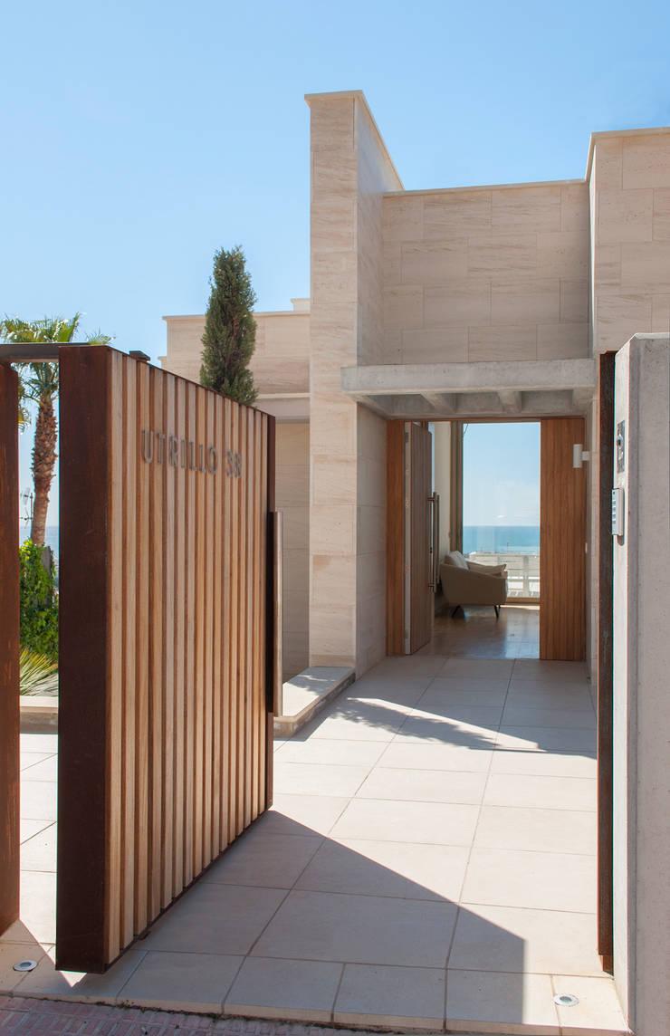 Entrada: Casas de estilo  de Rardo - Architects