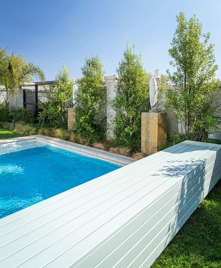 "Swimming Pool: {:asian=>""asian"", :classic=>""classic"", :colonial=>""colonial"", :country=>""country"", :eclectic=>""eclectic"", :industrial=>""industrial"", :mediterranean=>""mediterranean"", :minimalist=>""minimalist"", :modern=>""modern"", :rustic=>""rustic"", :scandinavian=>""scandinavian"", :tropical=>""tropical""}  by Deborah Garth Interior Design International (Pty)Ltd,"