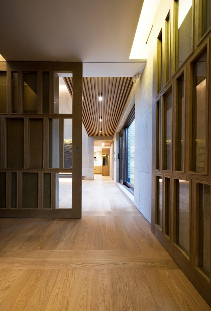 "Casa Normal  ""풍경이 아름다운 집"": Design Tomorrow INC.의  복도 & 현관,"