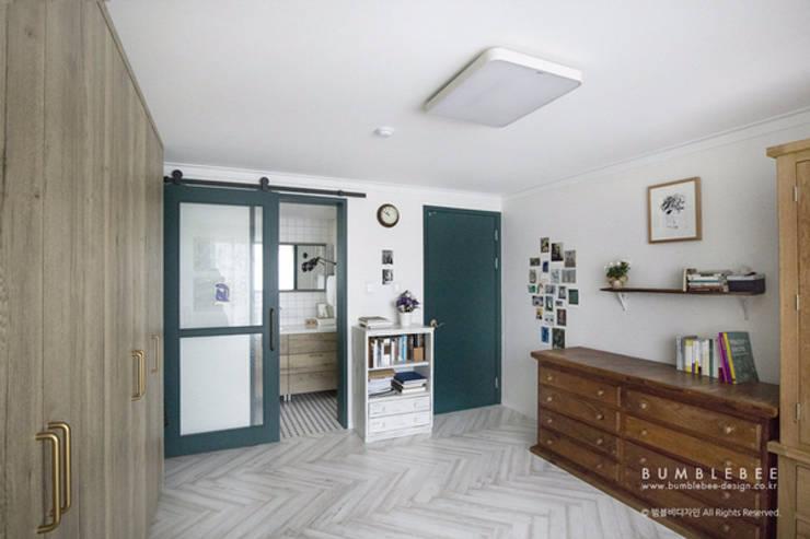 [30평]단 하나뿐인 나만의 공간 홈 인테리어 양재동파크사이드의 풀스토리 by 범블비디자인 30평대인테리어: 범블비디자인의  욕실
