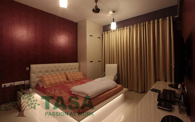 bedroom and curtains: modern Bedroom by TASA interior designer