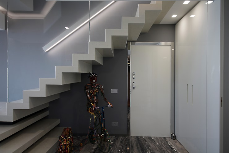 Escalier de style  par studiodonizelli, Moderne Marbre