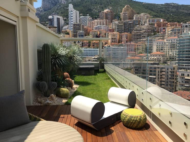 Terrasse de style  par studiodonizelli, Moderne Verre