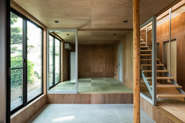 SAIWAIの家: 株式会社 N&C一級建築士事務所が手掛けた廊下 & 玄関です。