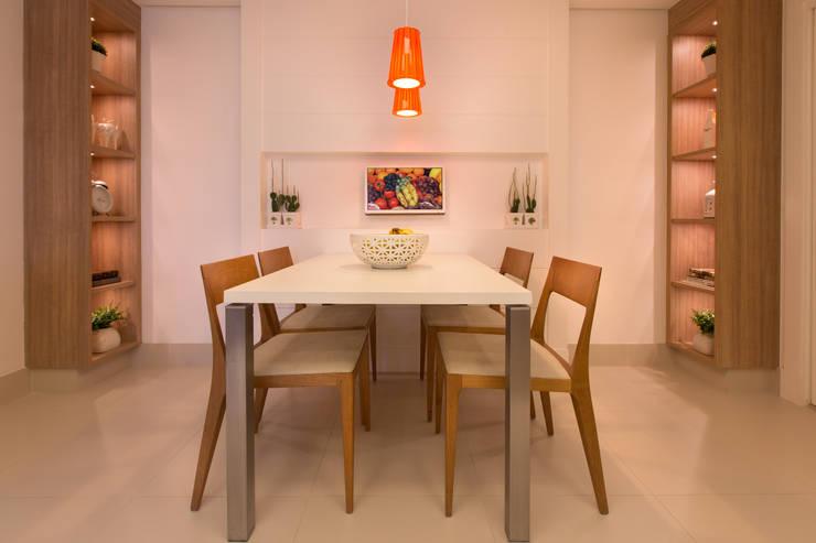 Apartamento CB: Cozinhas  por Flavia Castellan Arquitetura