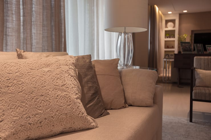 Apartamento CB: Salas de estar  por Flavia Castellan Arquitetura