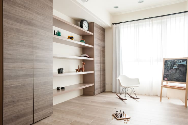 The Jiang's Residence:   by 簡致制作SimpleUtmost Design
