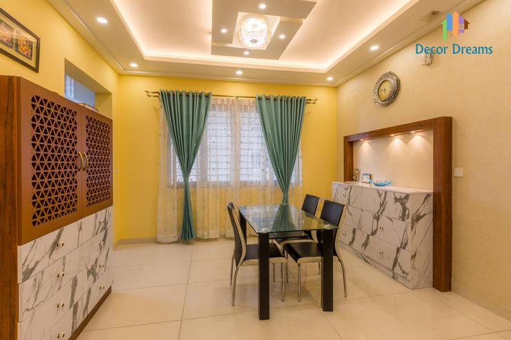 Vaishnavi Terraces, 3 BHK - Ms. Supriya: modern Dining room by DECOR DREAMS