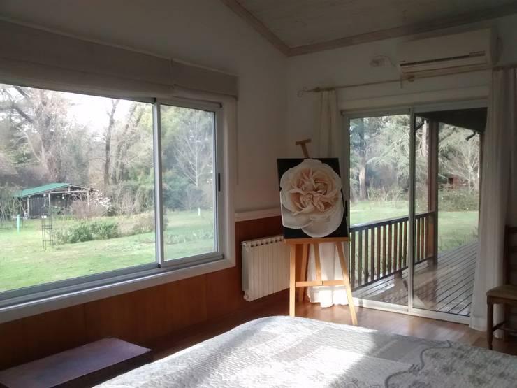 Imagen interior del Dormitorio 2: Dormitorios de estilo  por 2424 ARQUITECTURA,