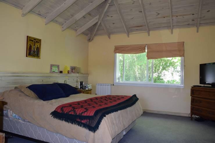 Imagen interior del Dormitorio ppal: Dormitorios de estilo  por 2424 ARQUITECTURA
