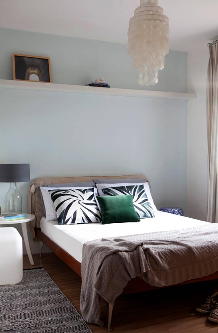 eclectic Bedroom by RP Estúdio - Roberta Polito e Luiz Gustavo Campos