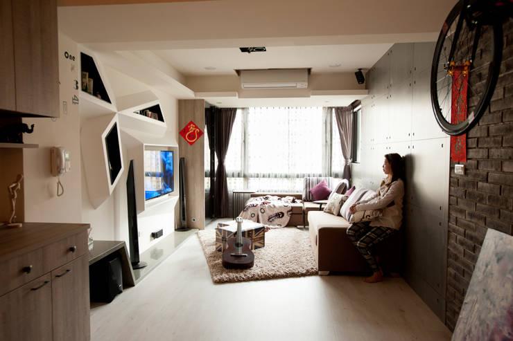 Mk-空間設計:  tarz Oturma Odası