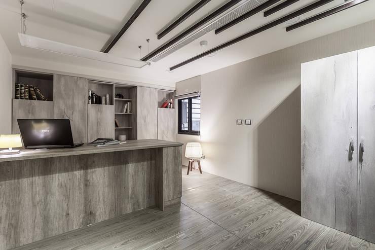泰山-張公館(低調奢華):  廚房 by Mk-空間設計