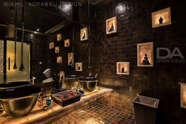 Luxury Bathroom: modern Bathroom by Design Atelier