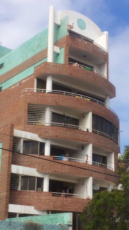 Edificio Creativa II sector Brasil Antofagasta:  de estilo  por  Arquitectos Roman&Toledo