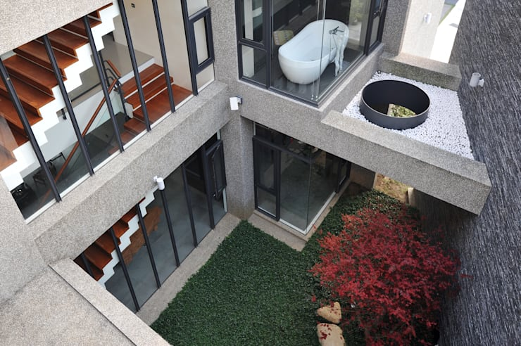 Vườn by 黃耀德建築師事務所  Adermark Design Studio