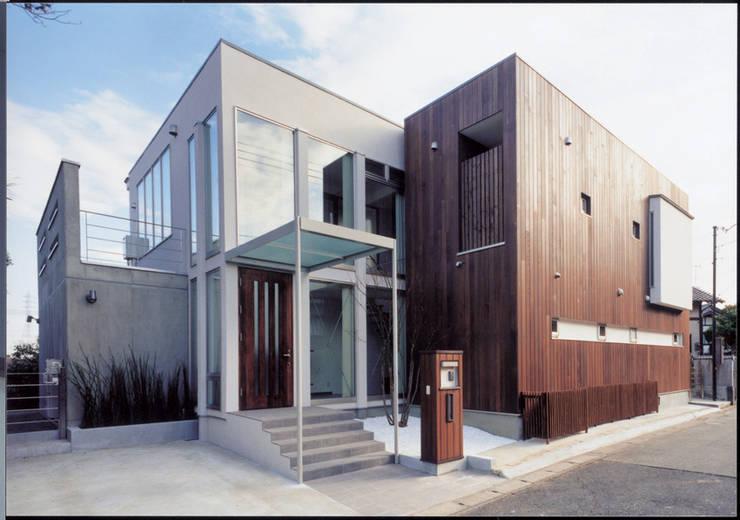 Detached home by 豊田空間デザイン室 一級建築士事務所, Modern