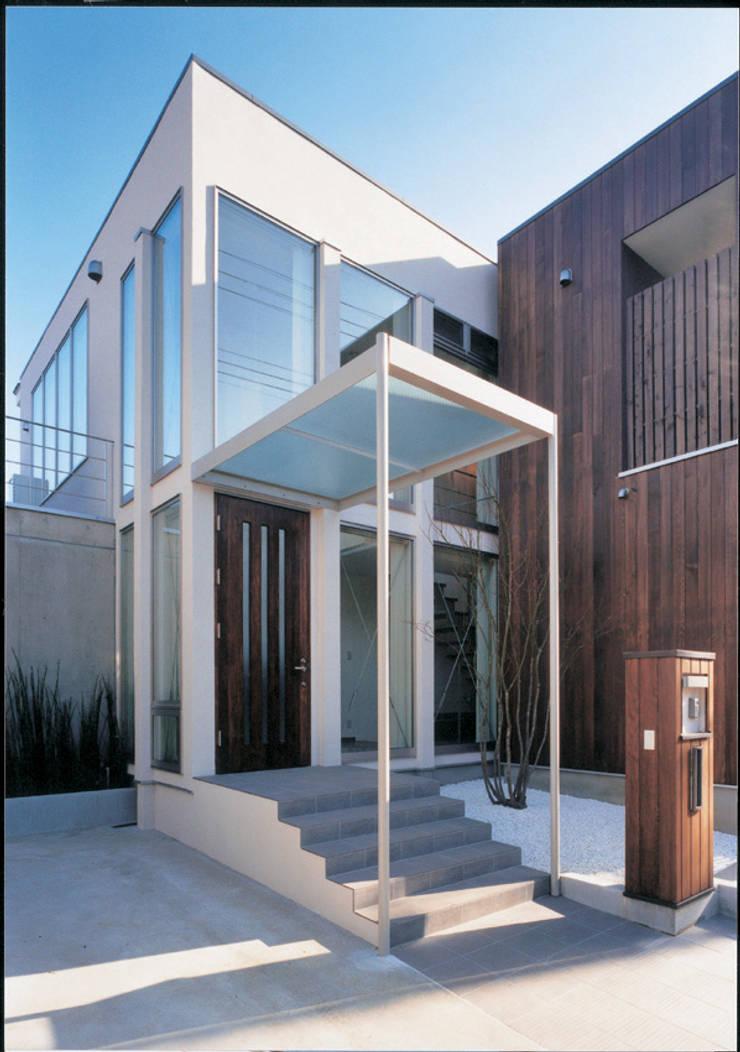 Houses by 豊田空間デザイン室 一級建築士事務所, Modern