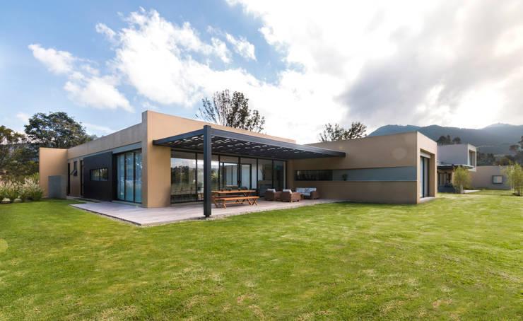 Casa el Molino: Casas de estilo minimalista por David Macias Arquitectura & Urbanismo