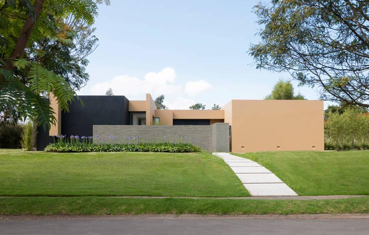 Casa el Molino: Casas de estilo  por David Macias Arquitectura & Urbanismo, Minimalista