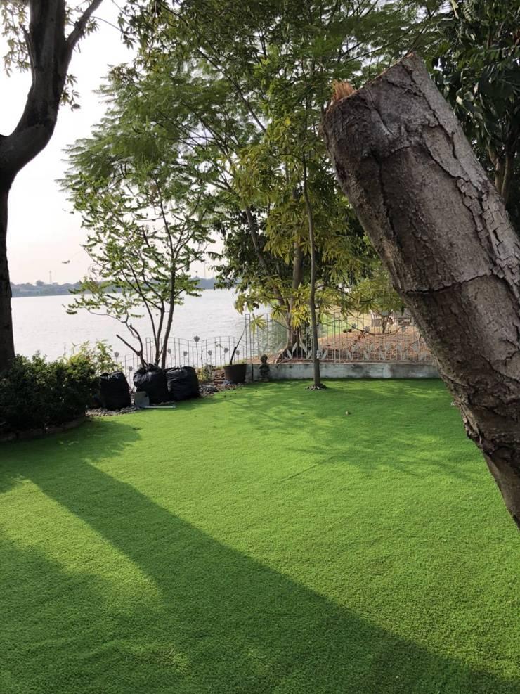 รับติดตั้งสนามหญ้าเทียมและกรีนพัตต์กอล์ฟในบ้าน:   by About Grass