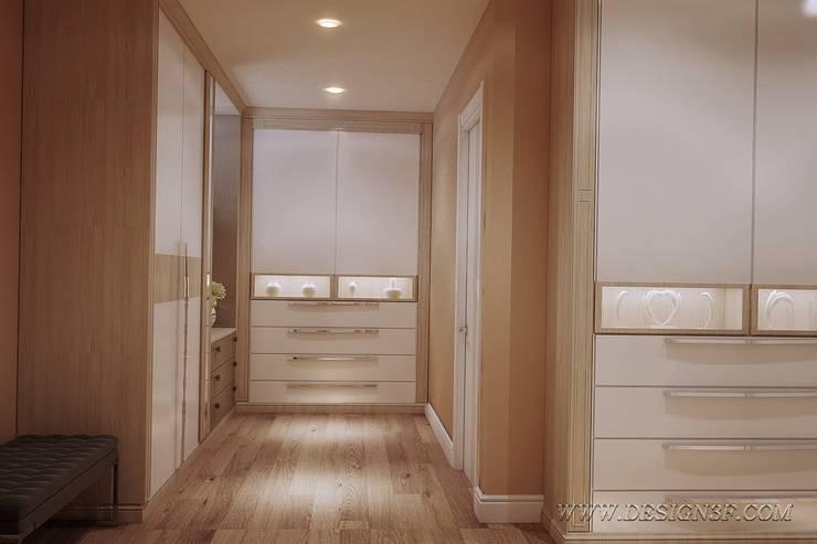 Большая гардеробная комната: Гардеробные в . Автор – студия Design3F, Минимализм