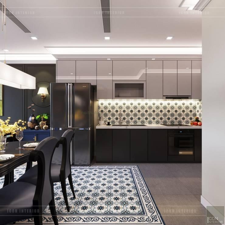 THIẾT KẾ INDOCHINE TRONG CĂN HỘ VINHOMES GOLDEN RIVER:  Nhà bếp by ICON INTERIOR