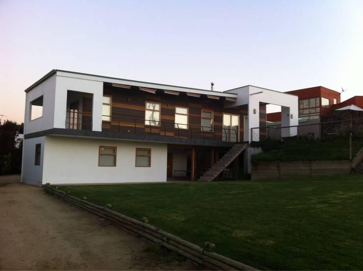 Casa en Maitencillo: Casas unifamiliares de estilo  por Casas del Girasol- arquitecto Viña del mar Valparaiso Santiago