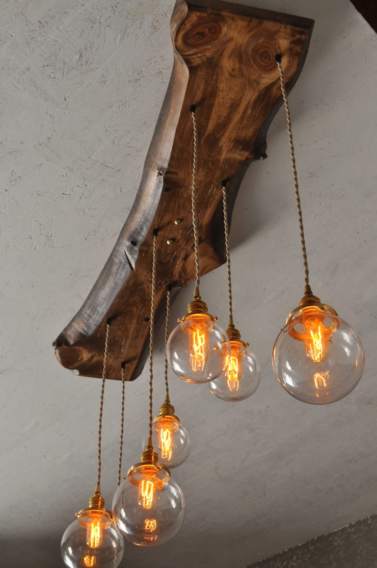 The Big Sur—Live Edge Wood Chandelier:  Living room by Moonshine Lamp Co.