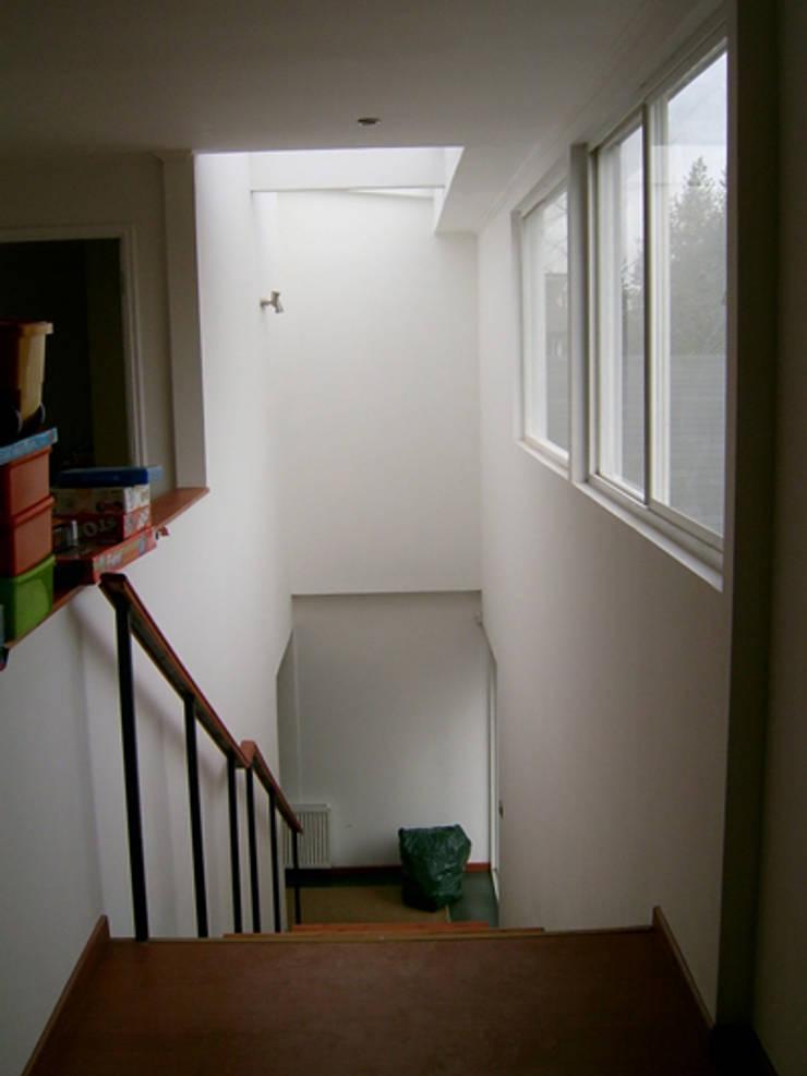 CASA BELMAR: Casas unifamiliares de estilo  por AOG