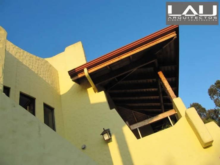 Casa Parcela: Casas de estilo  por Lau Arquitectos