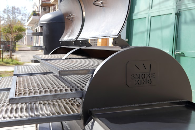 Ahumador Jaguar:  de estilo  por Smoke King Ahumadoras,Rústico Hierro/Acero