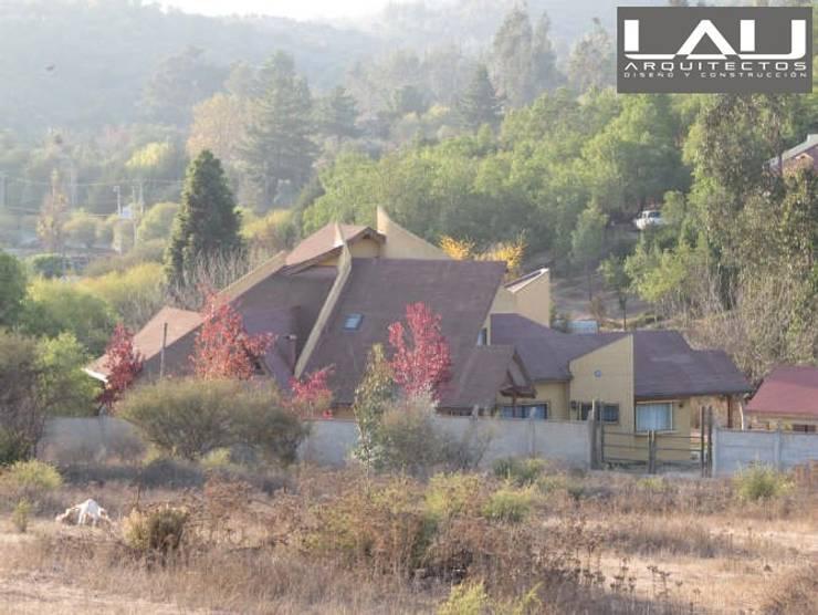 Casa Basso: Casas de estilo  por Lau Arquitectos