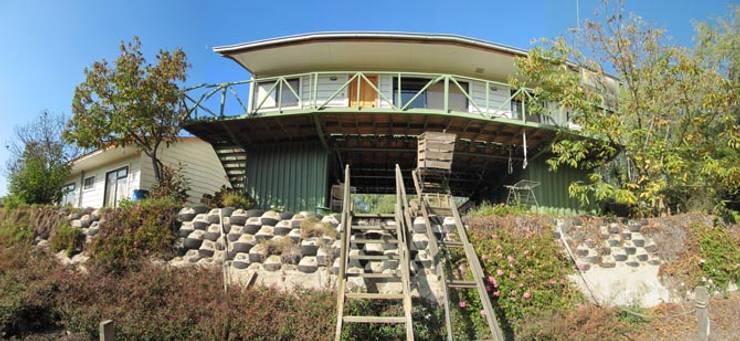 Casa Sobre Contenedores: Casas de estilo  por Lau Arquitectos