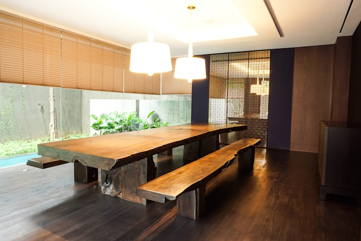 Dining room by ARF interior