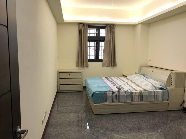 Bedroom by 寶樹堂營造工程