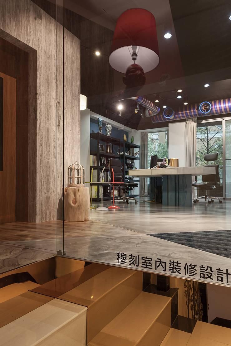 Mk-三峽店(商用空間):  辦公大樓 by Mk-空間設計