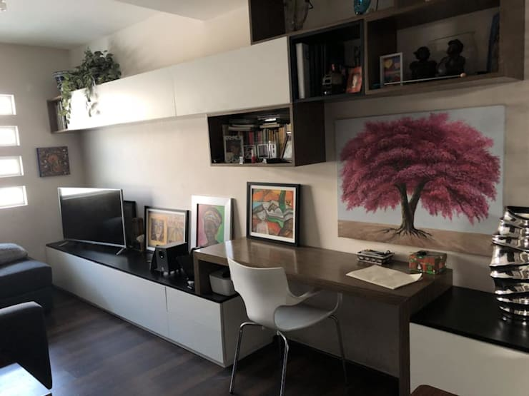 Muebles General 2: Sala multimedia de estilo  por Athalia cocinas y Carpinteria