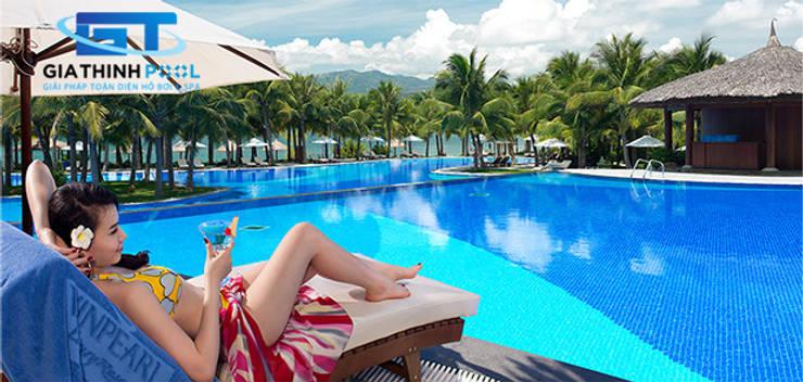 Tư vấn thiết kế hồ bơi nghỉ dưỡng:  de estilo  por GIATHINHPOOLVN
