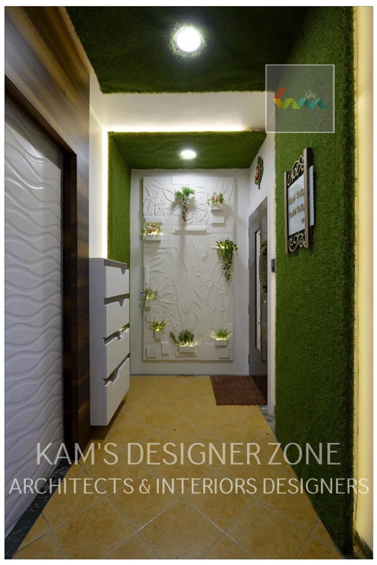 Entance Area:  Corridor & hallway by KAM'S DESIGNER ZONE,Modern