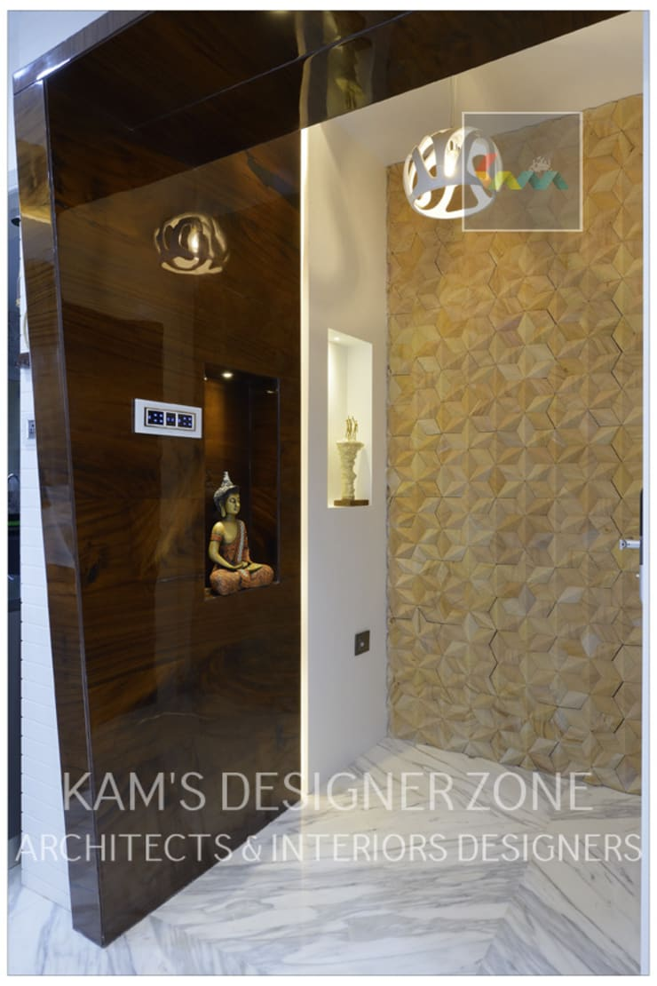 Flat Interior Design of Mr. Manish Wadia:  Corridor & hallway by KAM'S DESIGNER ZONE,Modern