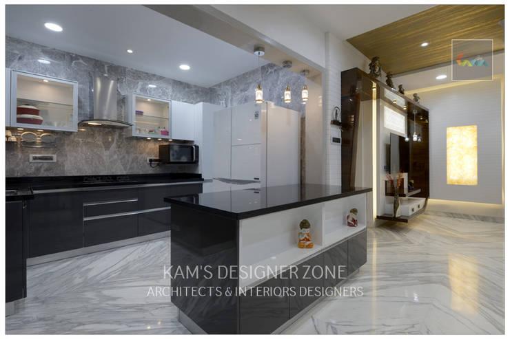 Modular Kitchen Interior Design:  Kitchen units by KAM'S DESIGNER ZONE,Modern