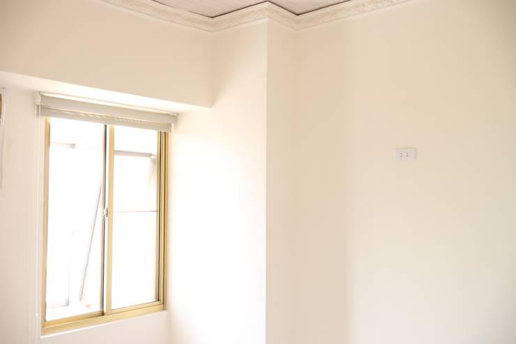 臥室(一):   by 致室內設計個人工作室