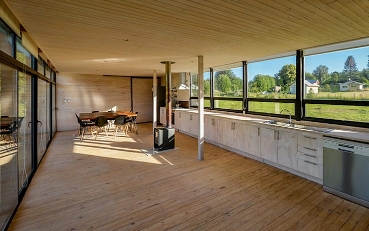 Espacio común: Livings de estilo escandinavo por mutarestudio Arquitectura