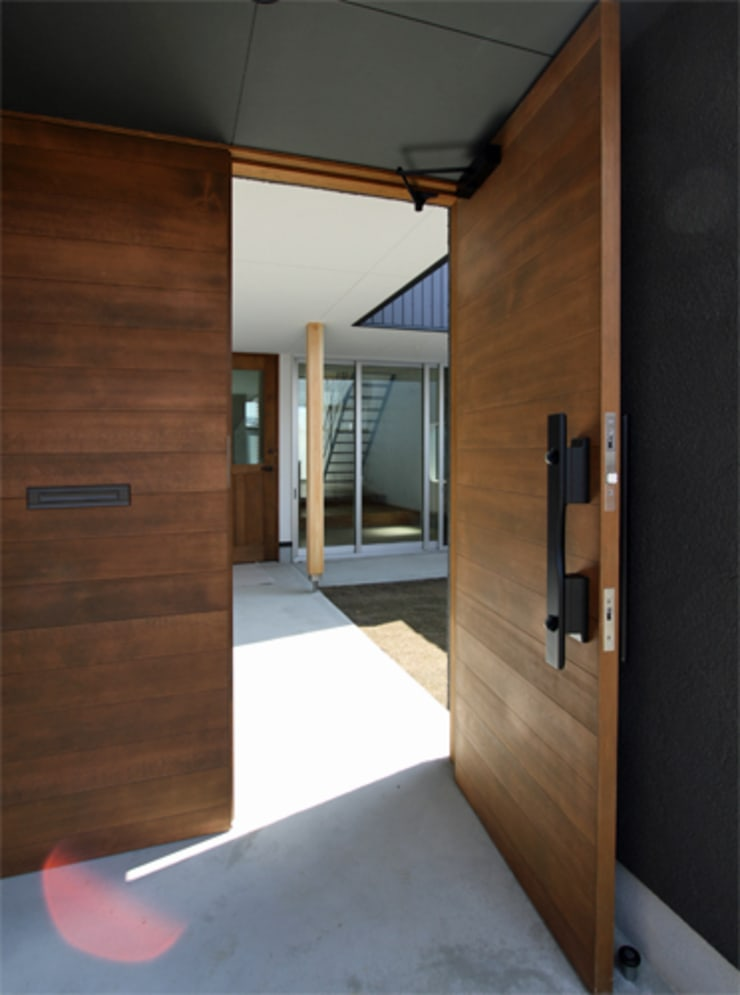 Doors by 福田康紀建築計画, Modern Wood Wood effect
