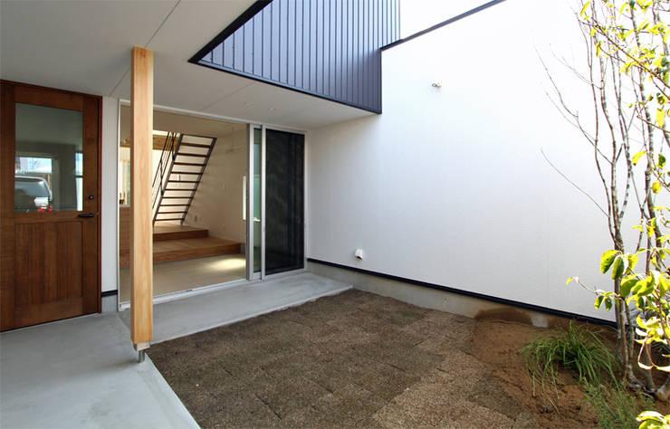 Garden by 福田康紀建築計画, Modern